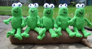 frogs crochet (2)
